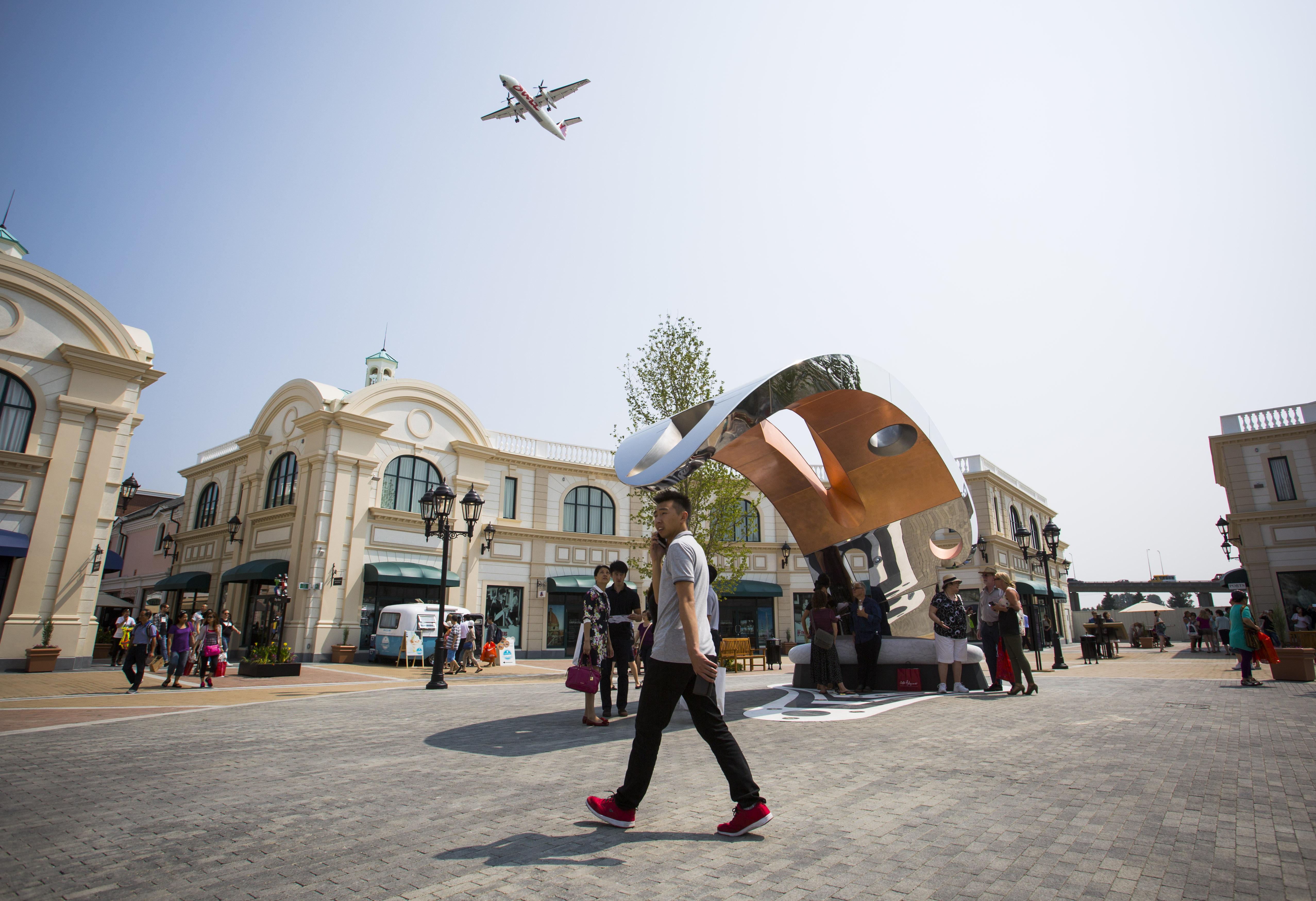 Designer Outlet Shopping Centres Uk