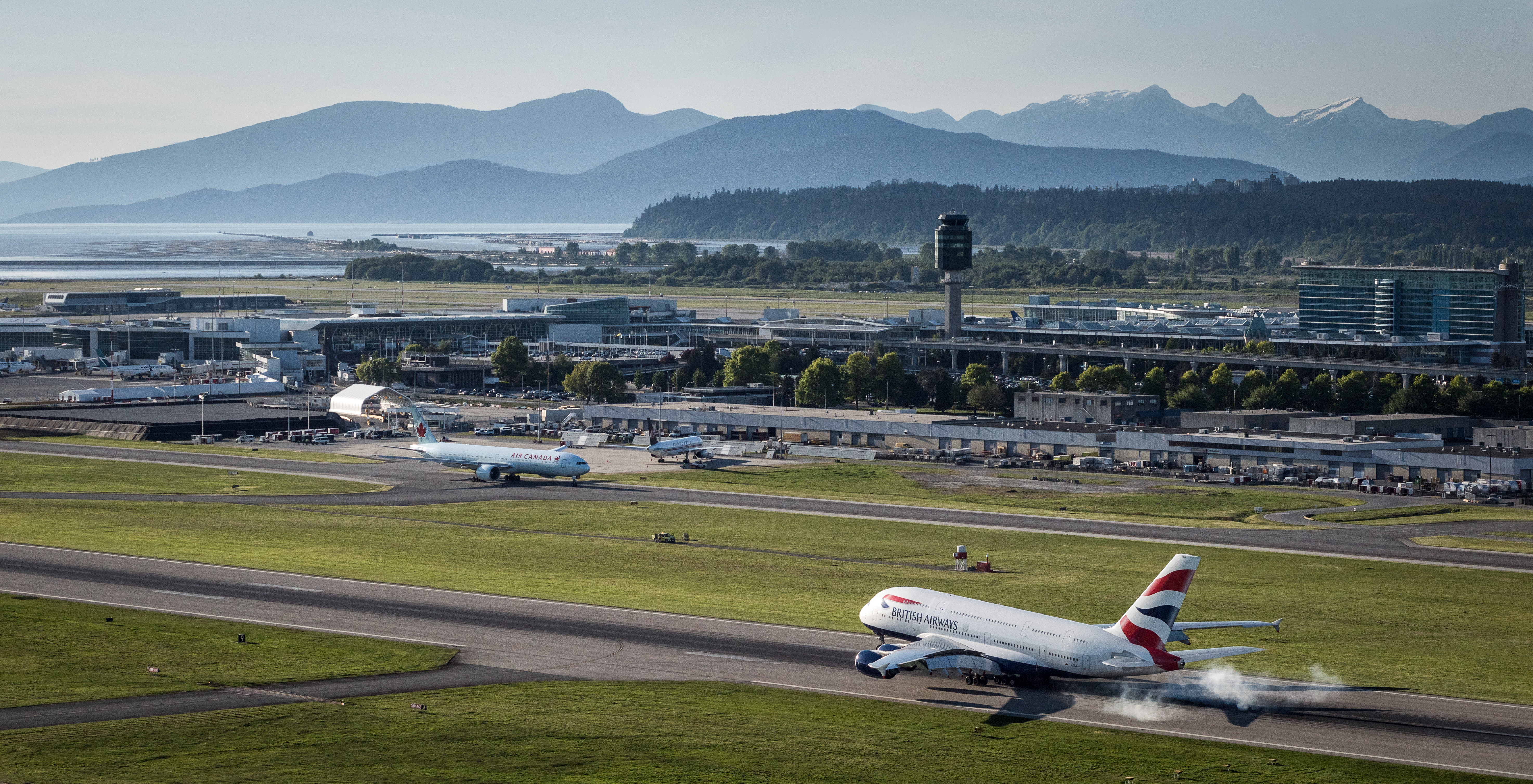 Top 20 Pictures Of 2016 At Yvr Yvr