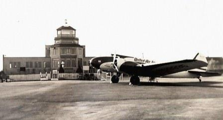A Boeing 247D United aircraft in front of the YVR Tower in 1939